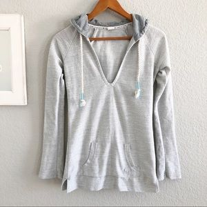 Roxy Gray Textured Hooded V Neck Sweater